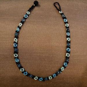 Jewelry - Blue flower beaded choker